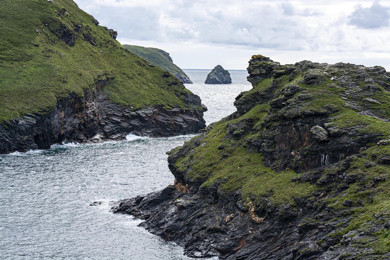 Between the Cliffs - Boscastle