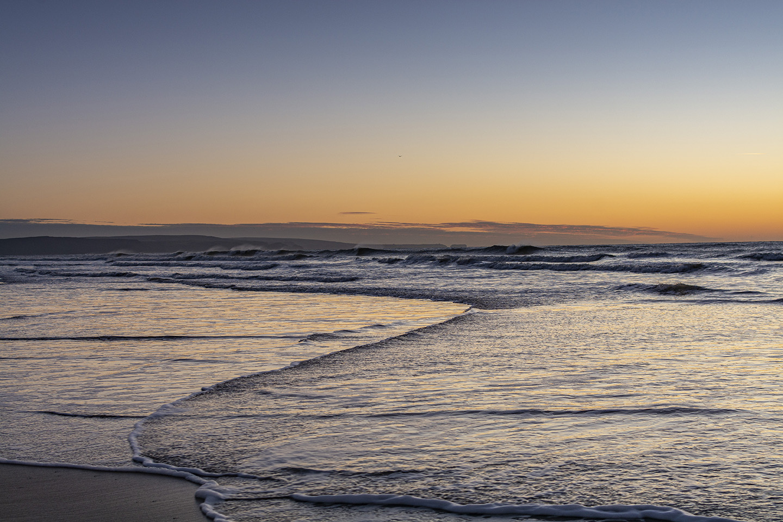 Racing Waves - Sandymouth
