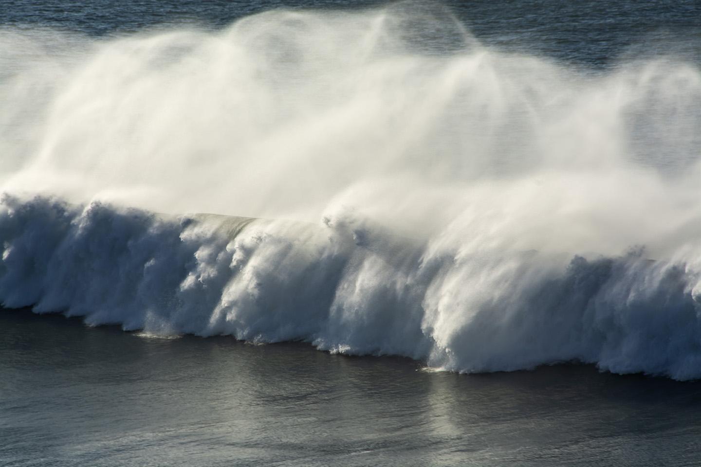 Galloping Waves - Widemouth