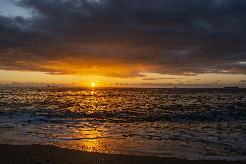 Rising Rays - Gyllyngvase Beach, Falmouth
