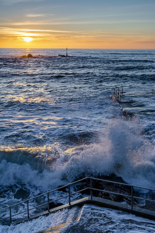 High Tide Waves - Summerleaze Beach, Bude
